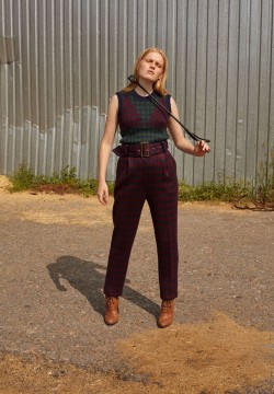 Pants with wide belt